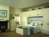 New England Shaker style bedroom